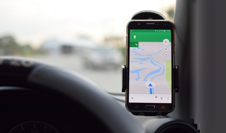 Use Android phone as an in-car GPS