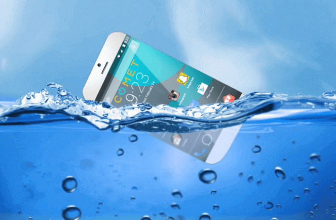 your smartphone dropped in water